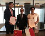 Accord Chine - From left to right:  The Representative of the Ministry of Foreign Affairs;  Mr. Patrice Cellario, Minister of Interior and H.E. Ms. Catherine Fautrier, Ambassador of Monaco to China ©DR